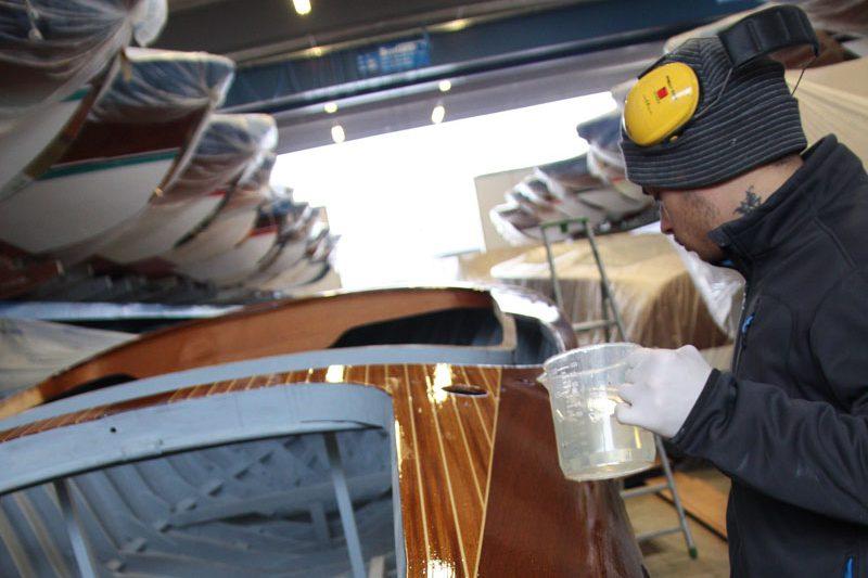 restauro barche lago di garda